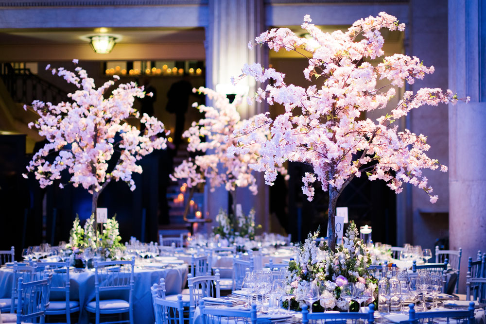 luxury wedding flowers at banking hall in cornhill london by amie bone flowers